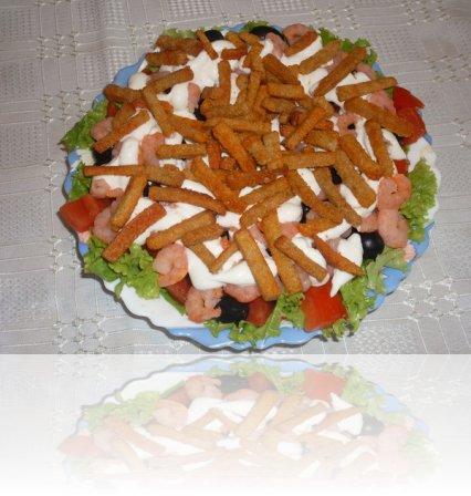 рецепты салатов из креветок с сухариками