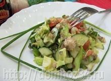 Салат с консервированной скумбрией