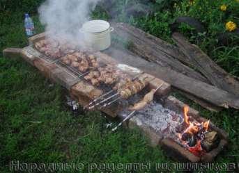 Фото: Приготовление шашлыка