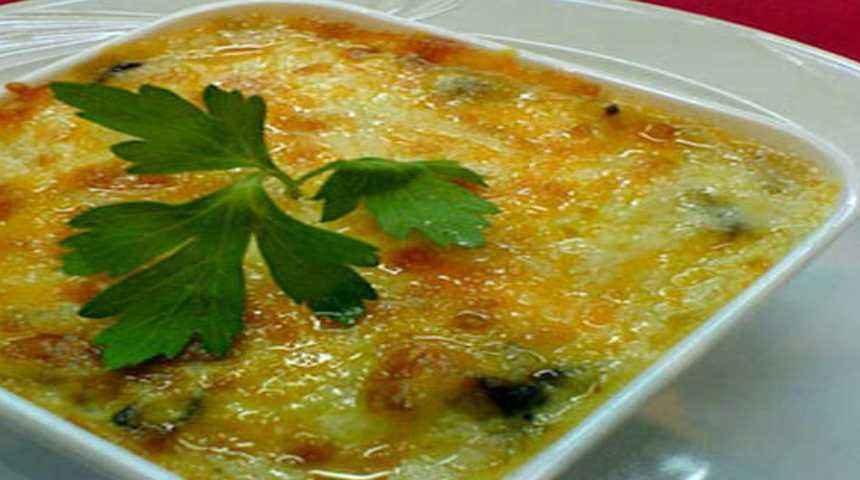 Баклажаны, запеченные в сырном соусе