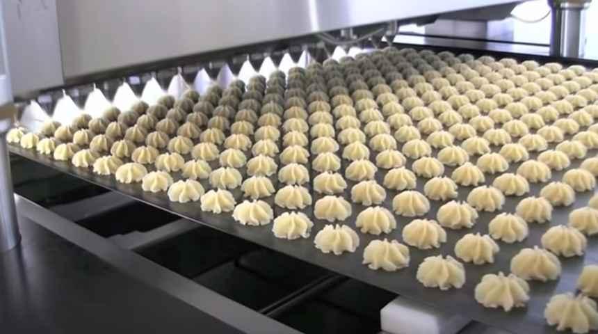 Пальмовое масло используют при изготовлении кондитерских изделий