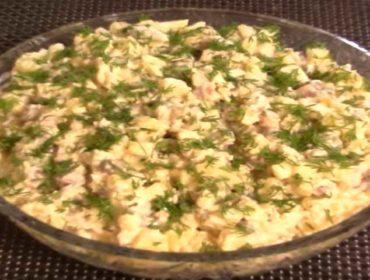 Салат из селедки с картофелем и огурцом, простой и вкусный рецепт